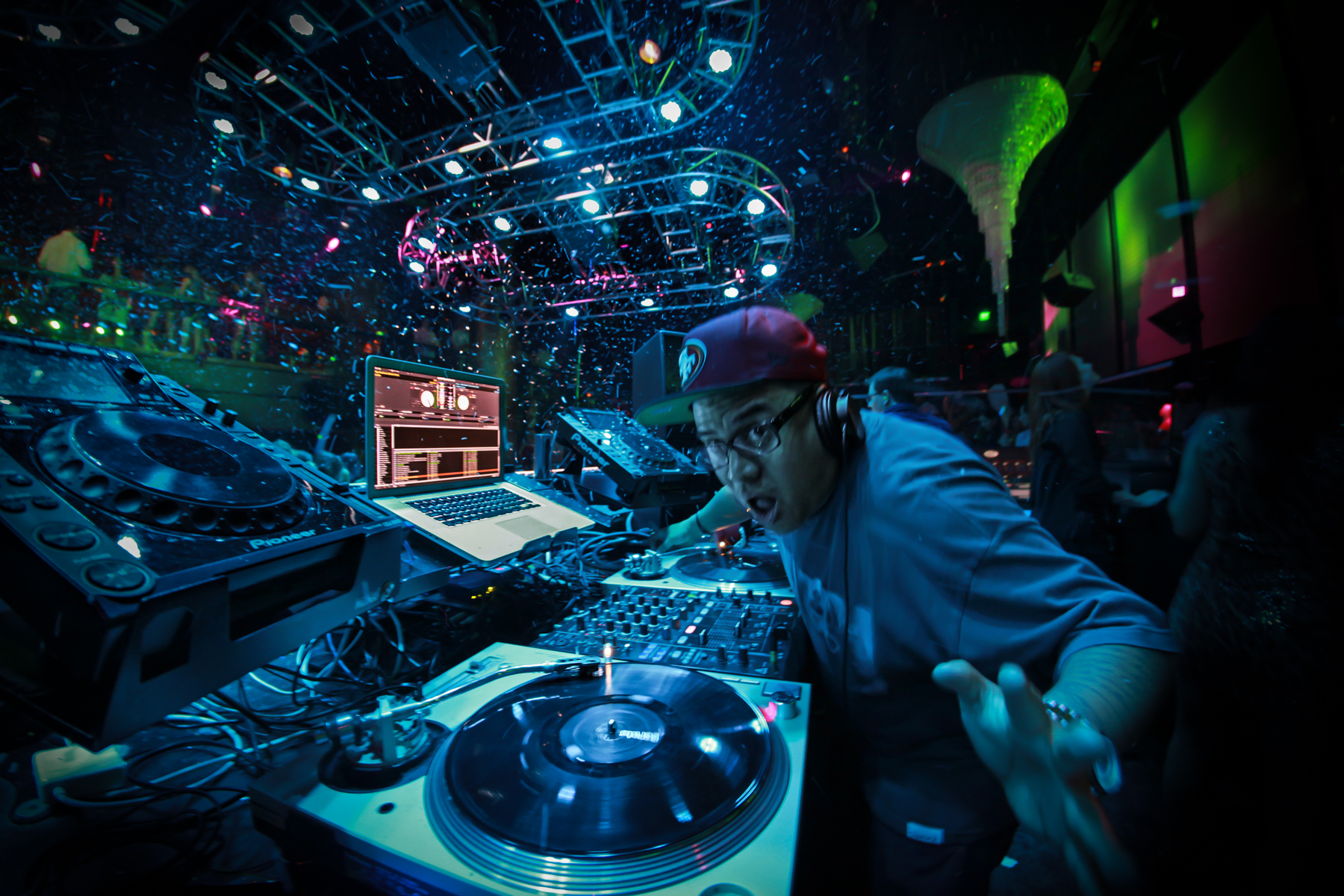 Dj E-Rock at Haze Nightclub